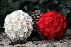 E già Natale?????????? - Lalternativa Felt Christmas Ornaments, Christmas Tree Decorations, Christmas Crafts, Wedding Decorations, Xmas, Diy Flowers, Paper Flowers, Diy Projects To Try, Flower Making