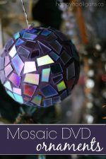 Christmas DIY: Illustration Description Mosaic DVD Ornaments - Another use for old cds and dvds - Happy Hooligans Old Cd Crafts, Recycled Crafts, Diy Crafts, Recycled Glass, Diy Christmas Ornaments, Kids Christmas, Holiday Crafts, Snowman Ornaments, Holiday Decor