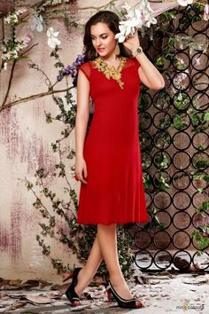 You can be in India, or anywhere around the world, Ninecolours.com will always be with you. #deals #offers #discounts #fashion #style #love #beautiful #pretty #girly #outfit #shopping #sarees #suits #lehengas #wedding #indian #traditional #bridal