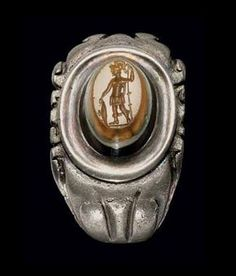 A ROMAN SILVER AND BANDED AGATE FINGER RING | CIRCA 3RD CENTURY ...