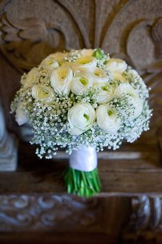 Rananculus wedding flower bouquet, bridal bouquet, wedding flowers, add pic source on comment and we will update it. www.myfloweraffair.com can create this beautiful wedding flower look.