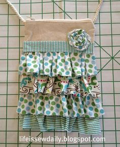 Life is {Sew} Daily: No-Sew Ruffled Hipster {Tutorial}