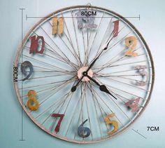 Bicycle Wheel Decor, Bicycle Clock, Bicycle Rims, Bicycle Art, Bike Wheels, Recycled Garden Art, Recycled Crafts, Junk Metal Art, Cool Clocks
