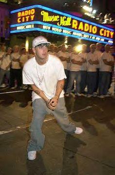 Marshall Eminem, Eminem Wallpapers, Eminem Photos, The Real Slim Shady, Eminem Slim Shady, Cool Album Covers, Rap God, Snoop Dogg, Rapper