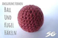 Die Kugel bzw der Ball ist eine der am häufigsten verwendeten Formen beim Amigurumi häkeln bzw Abwandlungen dieser. Sei es für Köpfe, Körper oder sonstige Gliedmaßen und Elemente, die gehäkelte Kugel ist unerläßlich und essentiell für alle Amigurumi Kreationen. So ... Weiterlesen ...