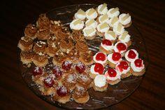 Masas finas de nata c/piña, nata c/cereza, dulce de leche c/nueces y dulce de leche c/cerezas.