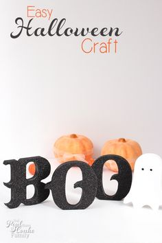 Easy, glittery Halloween crafts are the best! Cute and easy craft with a full tutorial on how to make it and how to avoid a craft fail for this project.
