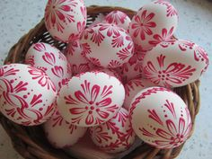 Egg Decorating, Easter Eggs, Wax, Color, Wood, Pointillism, Easter Activities, Colour, Laundry