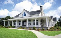 Southfork - Farm House- all one level ~ LOVE the style. Make this a two story and its exactly what I want!