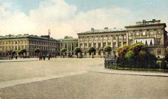 Warsaw, end of century, Saski Palace and Victory Square First Color Photograph, Old Buildings, Beautiful Buildings, Warsaw, Palaces, Wwii, Poland, 19th Century, Louvre