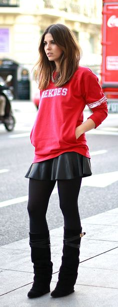 Chic Gangsta / Trendy Taste Autumn Street Style, Street Style Looks, Street Chic, Urban Fashion, Love Fashion, Trendy Taste, Skirt Fashion, Fashion Outfits, Givenchy