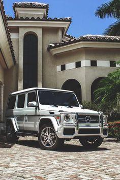 Addison and Harry's white Mercedes G Wagon Mercedes Benz Classe G, Mercedes Auto, Mercedes G Wagon, Mercedes Benz G Class, Auto Jeep, Jeep Jeep, Cars Auto, Maserati, Dream Cars