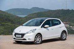 Peugeot 208 fará estreia do novo motor 1.0 três cilindros da PSA