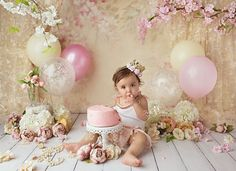 Likes, 37 Kommentare – Holly Heine Fotografie ( zu … likes, 37 comments – Holly Heine Photography ( at I … – Camille photo shoot inspiration – Baby Cake Smash, 1st Birthday Cake Smash, Baby Girl Cakes, Baby Girl 1st Birthday, Cake Smash Cakes, Vintage First Birthday, Baby Ballon, 1st Birthday Photoshoot, First Birthday Pictures