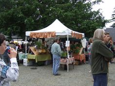Friday is Market Day at Manzanita Farmers Market in Oregon 5 - 8pm at 5th and Laneda Avenue     http://www.farmersmarketonline.com/fm/ManzanitaFarmersMarket.html