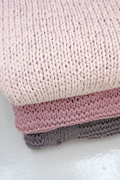 STYLIZIMO BLOG: Design Trade Fair - knitted blankets by broste