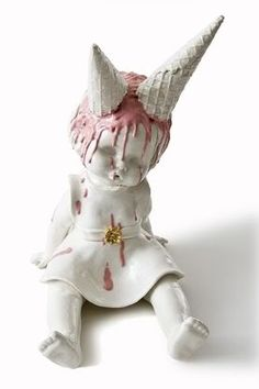 Dangerously beautiful ceramic artwork by Maria Rubinke — Lost At E Minor: For creative people