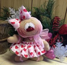 Primitive HC Valentines Day Doll Gingerbread Man Girl Snowman Hearts Super Cute! #IsntThatCute #ValentinesDay