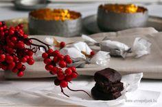 Karácsonyi hangulatban Pudding, Cake, Desserts, Food, Tailgate Desserts, Deserts, Custard Pudding, Kuchen, Essen