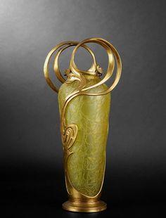 Austrian Art Nouveau vase with gilt overlay by Loetz, the premier Bohemian art glass manufacturer during the Art Nouveau period (or Jugendstil). via Venice Clay Artists