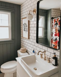 The idea appears excellent House Bathroom Ideas Upstairs Bathrooms, Downstairs Bathroom, Bathroom Renos, Bathroom Renovations, Small Bathroom, Home Remodeling, Bathroom Ideas, Bathroom Beach, Bathroom Plants