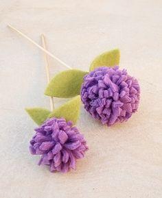 No Sew Fleece Pom Pom Flowers