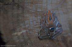 Zilveren ajour hanger pauwa schelp | Silver open pendant with abalone shell Abalone Shell, Handmade Jewellery, Hanger, Shells, Jewels, Pendant, Silver, Conch Shells, Handmade Jewelry