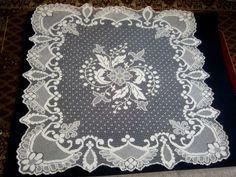 Скатерть филейная вышивка 166 х 172 см 50-е г.г., ручная вышивка по сетке-филе.