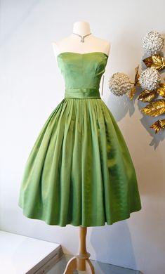 Vintage dress \/ Moss green 50's party dress xtabayvintage.com