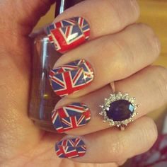 Perfect nails for celebrating the royal baby! Check out these nail wraps featuring the Union Jack. British Flag nail art by Jamberry Nails