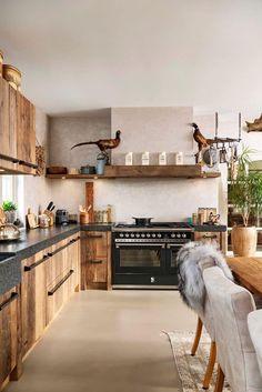 Home - Ferdie de Mulder Black Kitchens, Home Kitchens, Interior Design Kitchen, Kitchen Decor, Fixer Upper Kitchen, Kitchen On A Budget, Kitchen Flooring, Kitchen Remodel, Home Furniture