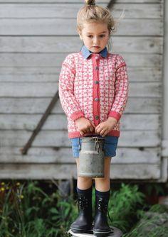 Ravelry: Nr 2 Paula kofte pattern by Sandnes Design Knitting For Kids, Baby Knitting, Kids Outfits Girls, Girl Outfits, Baby Barn, Fair Isle Pattern, Designer Kids Clothes, Christmas Knitting, Ikon