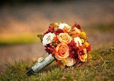 fall wedding flower bouquet, bridal bouquet, wedding flowers, add pic source on comment and we will update it. www.myfloweraffair.com can create this beautiful wedding flower look.