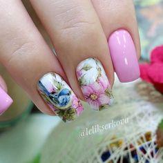 color tip nails Creative Nail Designs, Creative Nails, Acrylic Nail Designs, Nail Art Designs, Bird Nail Art, Cute Nail Art, Cute Nails, May Nails, Hair And Nails