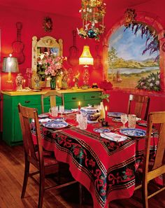 Exotic Dining Room in Central Valley, California