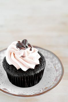 Double Chocolate Cupcakes & Swiss Meringue Buttercream #chocolate #cupcake #recipe