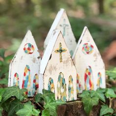 Tiny churches ⛪💕getting their finishing touches. Listing these in my Etsy shop soon! Wood Crafts, Diy And Crafts, Arts And Crafts, Christmas Wood, Christmas Time, Block Craft, Christmas Decorations, Christmas Ornaments, Nativity Ornaments