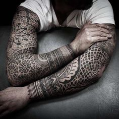 Geometric sleeves by Alexis Calvié Tattoo Shop, Get A Tattoo, Great Tattoos, Tattoos For Guys, Dot Tattoos, Maori Tattoos, Time Tattoos, Samoan Tattoo, Sleeve Tattoos