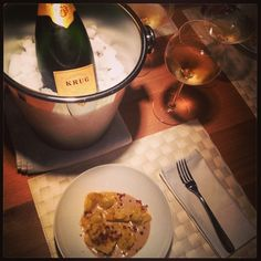 What to drink with Faraona& Tortelli with Crispy Bacon and Parmesan Zabaione? Del Conte, Cooking Classes, Parmesan, Italian Recipes, Alcoholic Drinks, Bacon, Breakfast, Food, Morning Coffee
