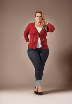 Plus size outfit.... Easy to put together and is most likely to be in your closet anyway.