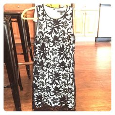 Beautiful cocktail dress from Banana Republic Worn once. Great condition. Great for a variety of occasions. Banana Republic Dresses Midi