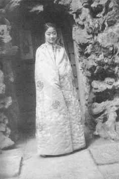 Wanrong (13 November 1906 – 20 June 1946), posthumously known as Empress Xiaokemin, was the Empress Consort of Puyi, the Last Emperor of China and final ruler of the Manchu-led Qing dynasty. In 1932, when the Empire of Japan established the puppet state of Manchukuo in Manchuria (northeastern China) and installed Puyi as its nominal emperor, Wanrong became the empress of Manchukuo.