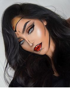 Inspiration & Accessoires: Wonder Woman Kostüm Make Up selb. - Beauty, Make-Up Inspiration & Accessoires: Wonder Woman Kostüm Make Up selber machen Cool Halloween Makeup, Halloween Makeup Looks, Halloween Looks, Scary Halloween, Rabbit Halloween, Halloween Eyeshadow, Halloween Doll, Halloween Stuff, Vintage Halloween