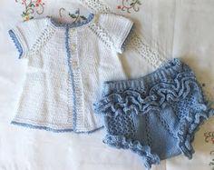 Blog Abuela Encarna: 2020 Boho Shorts, Lace Shorts, Cute Baby Clothes, Macarons, Baby Knitting, Cute Babies, Ruffle Blouse, Pattern, Color Azul