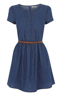 There's nothing quite like a denim dress to get you seamlessly  from season to season. We love the cap sleeve styling and nipped in waist for a super flatering shape. The piece is finished with a tan waist belt and concealed zip fastening on the reverse.