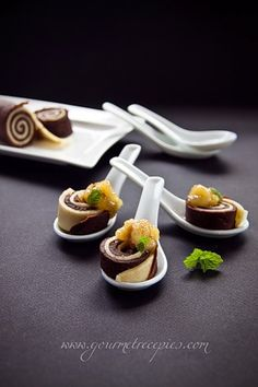 Gourmet Recipes: Crepe rolls with Caramelized Bananas #plating #presentation
