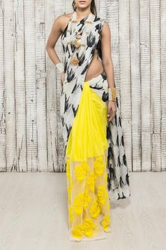 Tulip print embroidered saree with yellow lace. Indian Look, Indian Ethnic Wear, India Fashion, Asian Fashion, Women's Fashion, Indian Dresses, Indian Outfits, Beautiful Saree, Beautiful Dresses