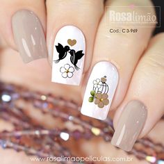 29 best summer floral and butterfly nails – 19 We have chosen the most fashionable nails for this summer. Heart Nail Designs, Nail Art Designs Videos, Daisy Nails, Pink Nails, Butterfly Nail, Butterfly Pattern, Bird Nail Art, Spring Nail Art, Heart Nails