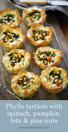 Phyllo tartlets with spinach, pumpkin, feta and pine nuts Veggie Dishes, Vegetable Recipes, Vegetarian Recipes, Pastry Recipes, Cooking Recipes, Amish Recipes, Dutch Recipes, Kitchen Gourmet, Gourmet Desserts