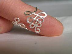 Toe ring... Ferns wire wrapped silver wire toe